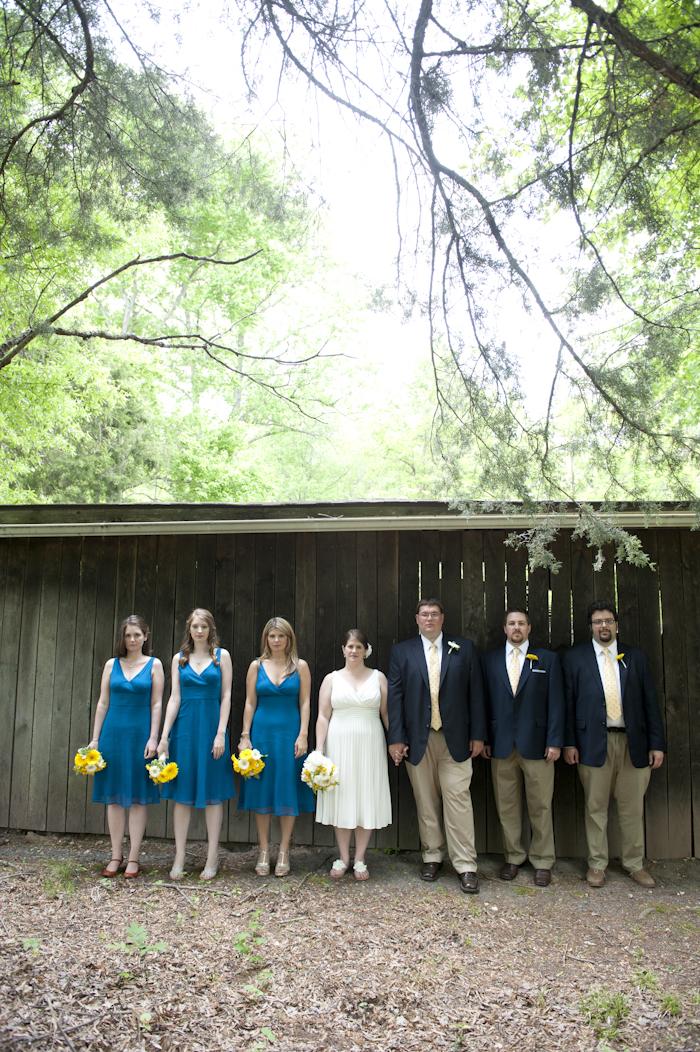 Casual Backyard Wedding Ceremony : casual backyard DIY virginia wedding pictures (16)  Capitol Romance