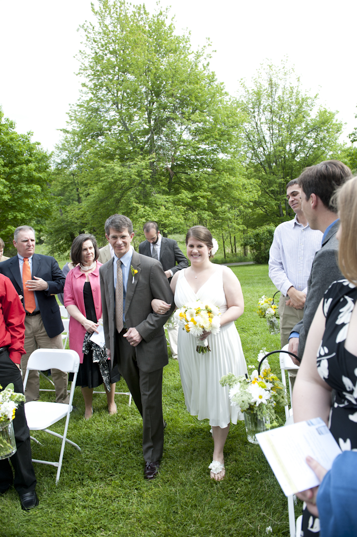 casual backyard diy virginia wedding pictures 22