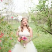 whimisical farm berries jewel tones wedding bridal inspiration pictures (1)