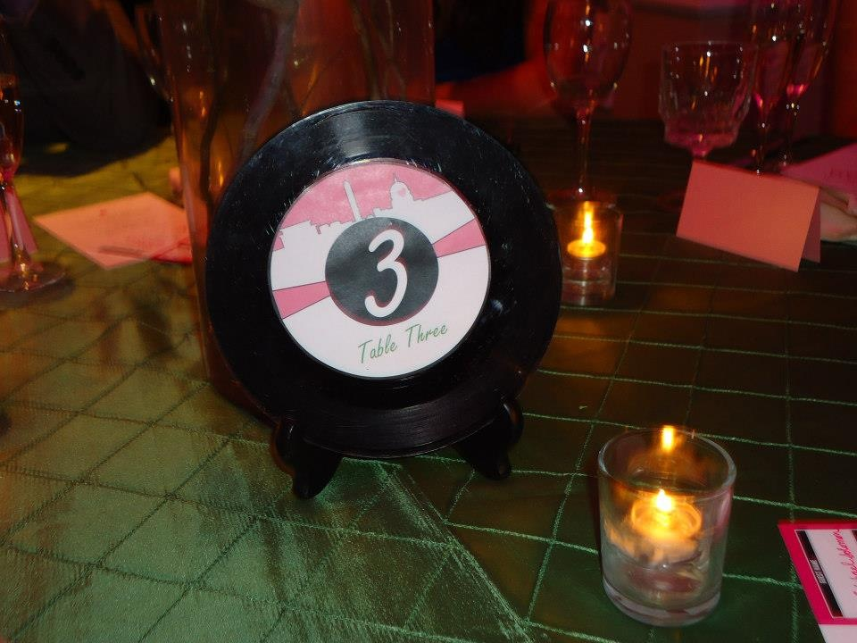 diy music themed wedding details decorations records vinyl