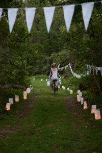 river woods plaid eclectic DIY small budget virginia wedding (1)