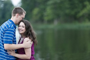 lake ridge park northern virginia engagement pictures session (2)