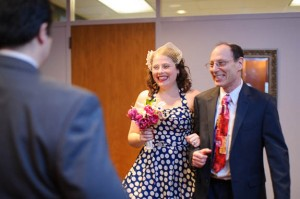 intimate & offbeat courthouse wedding in maryland bride polka dot dress (3)