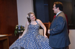 intimate & offbeat courthouse wedding in maryland bride polka dot dress (7)