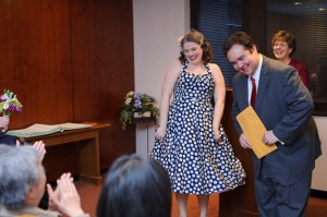 intimate & offbeat courthouse wedding in maryland bride polka dot dress (8)