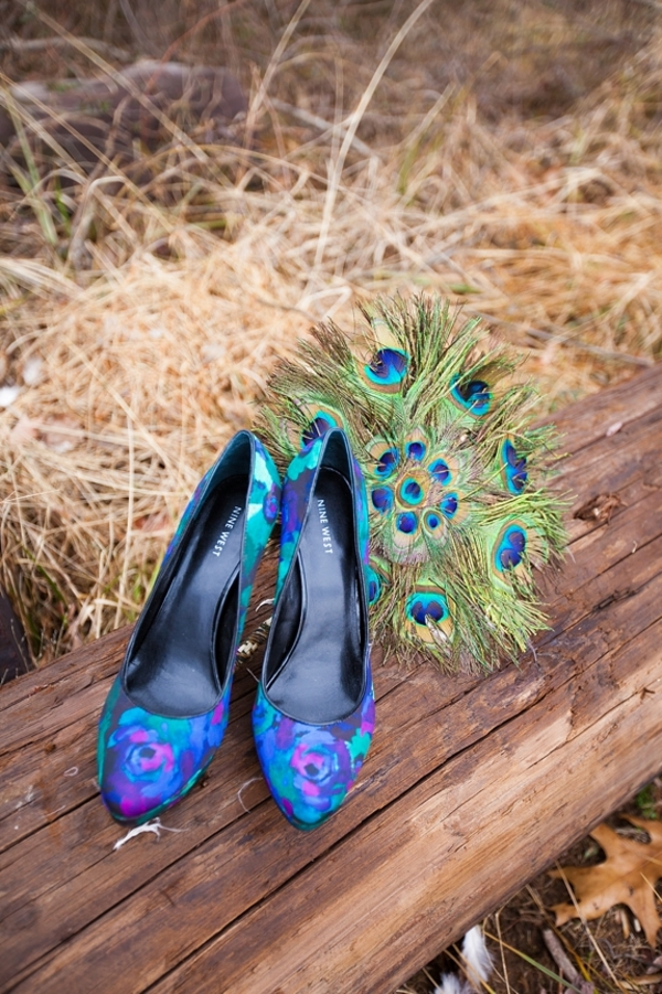 capitol inspiration peacock wedding styled shoot with diy feather