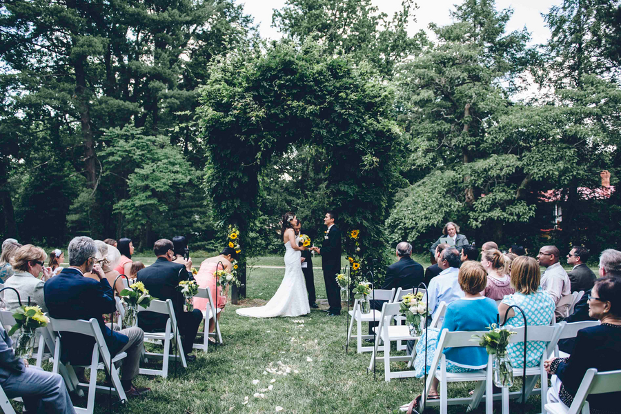 intimate affordable northern virginia wedding hendry house blog pictures