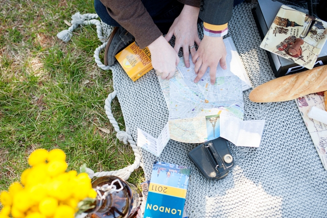 travel themed picnic university of maryland engagement pictures