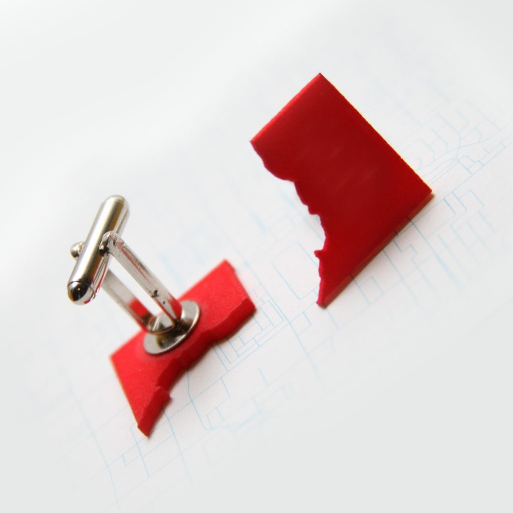 DC_cufflinks_red