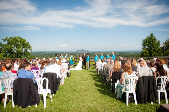 bluemont vineyard wedding ceremony