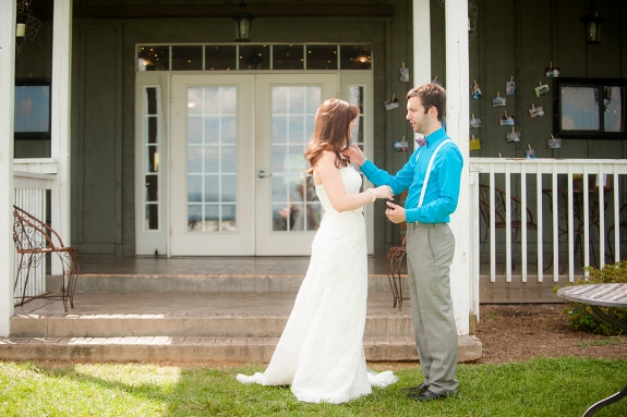 offbeat DIY maryland wedding bluemont vineyard