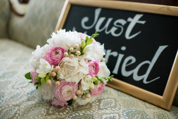 elegant dc wedding bouquet