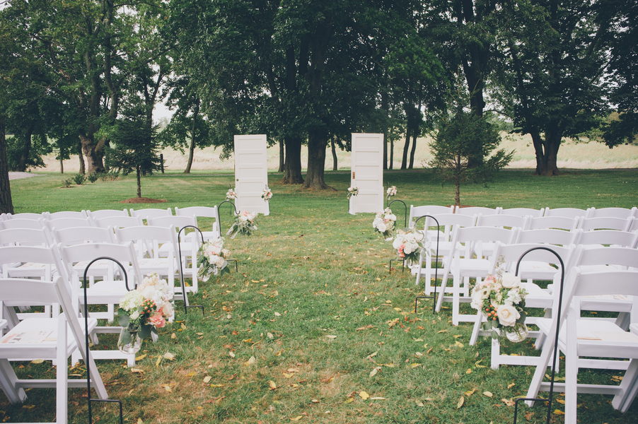 outdoor virginia wedding ceremony