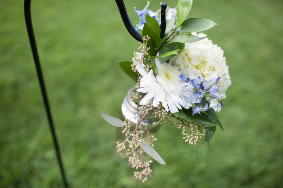 rustic DIY wedding ceremony decorations