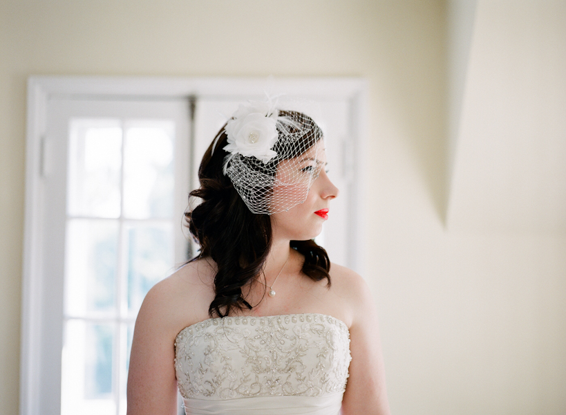 simple classic vintage wedding hair