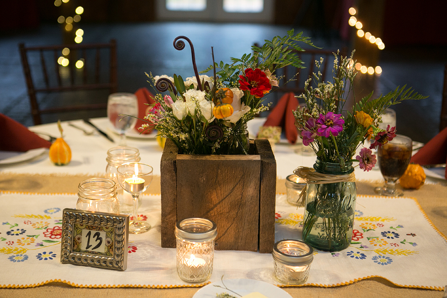 DIY rustic Virginia wedding centerpieces