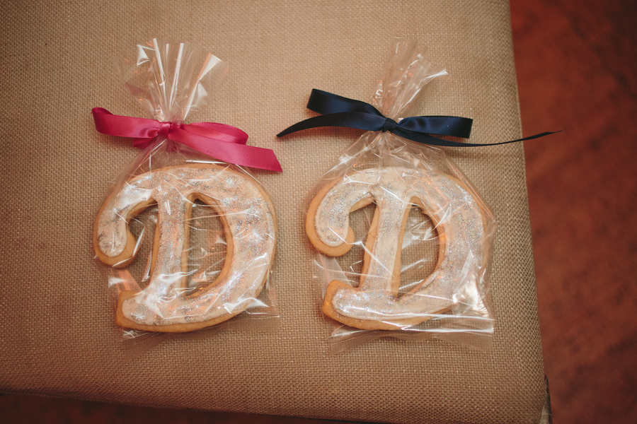 custom monogram cookie wedding favors