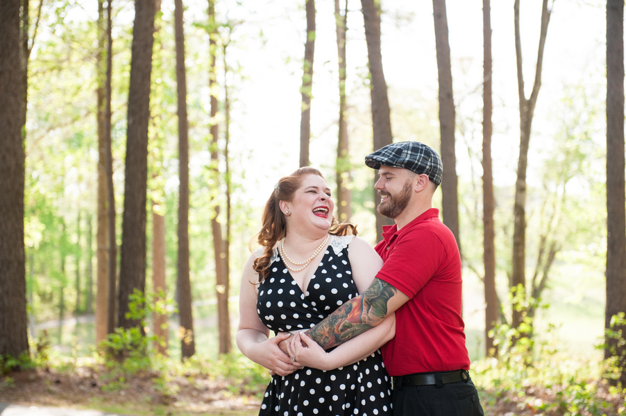 Vintage rockabilly engagement pictures (5)