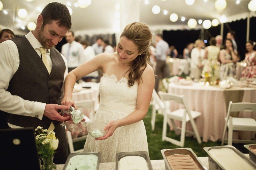 hot sundae bar wedding dessert