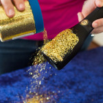 DIY Tutorial: DIY Glitter Encrusted Mini Champagne Favors