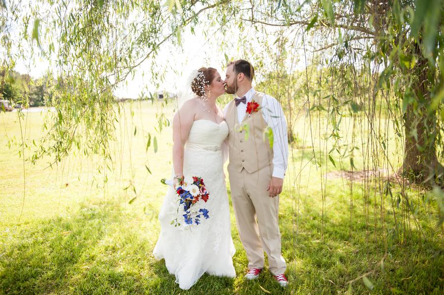 rustic DIY red white blue Virginia wedding (22)