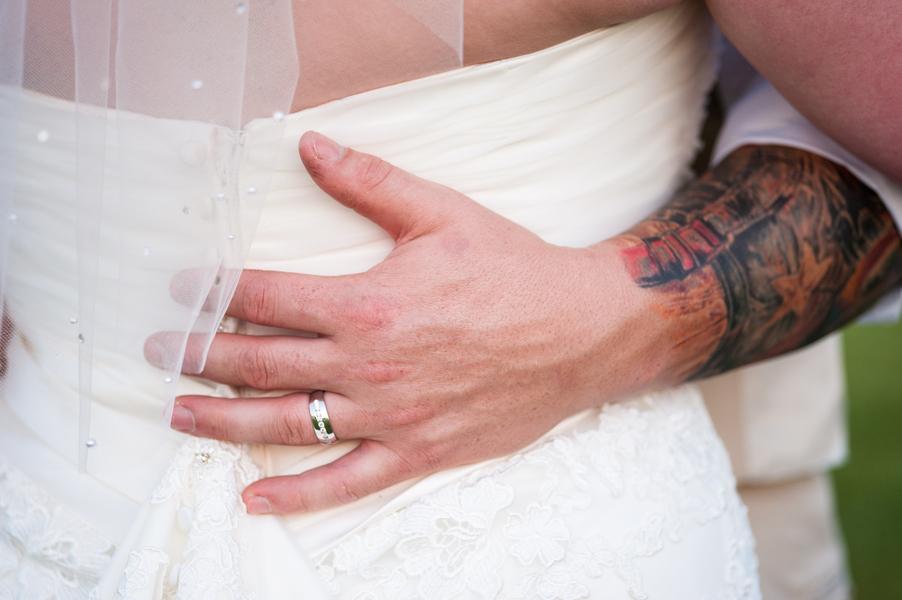 rustic DIY red white blue Virginia wedding (25)