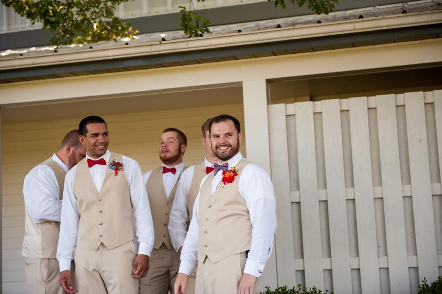 rustic DIY red white blue Virginia wedding (28)