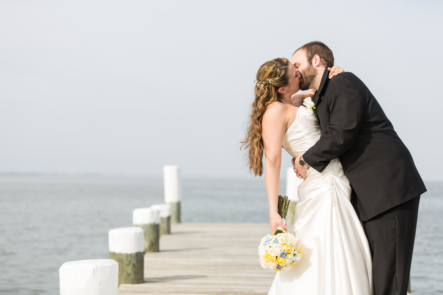 waterfront maryland wedding beach themed (3)