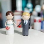 DIY Tutorial: How to Make DIY Hand Holding Peg People Cake Topper