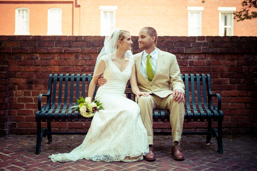 simple modern green Virginia Inn wedding (7)