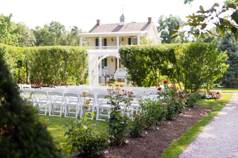 Sara U0026 Mayanu0026#39;s Simple Summer Garden Wedding At Antrim 1844 In Maryland | Capitol Romance ...