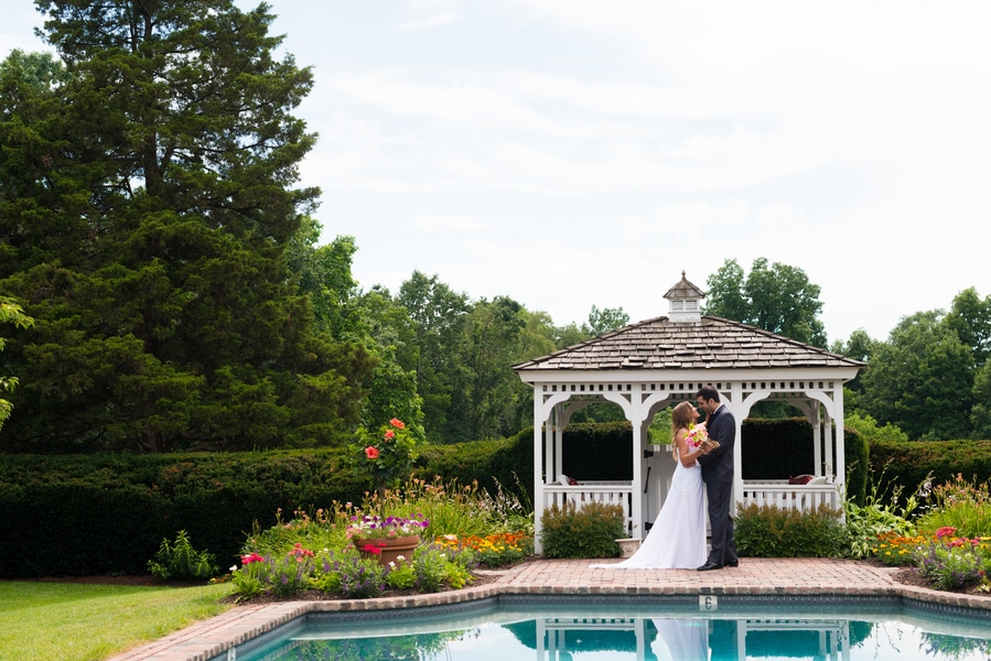 summer garden wedding maryland pictures (8)