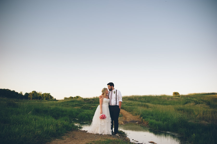 thrift store travel themed barn wedding virginia pictures (14)