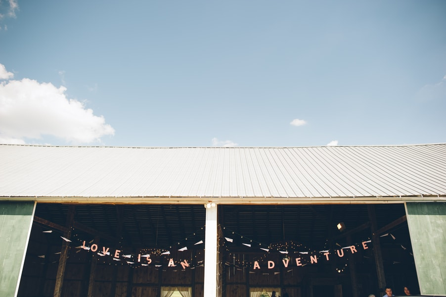 thrift store travel themed barn wedding virginia pictures (22)