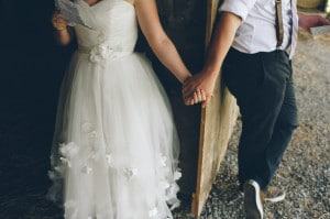 thrift store travel themed barn wedding virginia pictures (32)