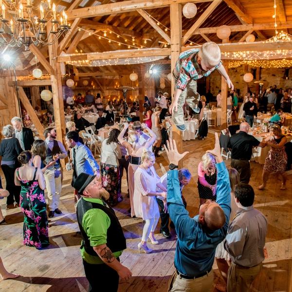 eclectic pennsylvania farm wedding inspiration pictures (13)