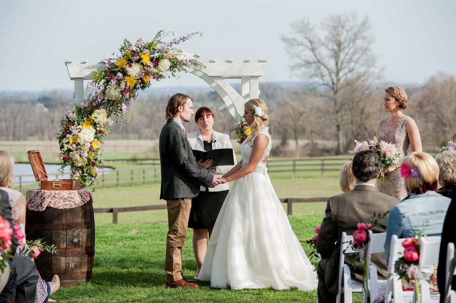 eclectic pennsylvania farm wedding inspiration pictures (5)