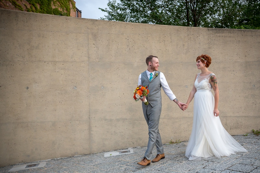 offbeat alternative maryland wedding pictures american visionary arts museum (10)