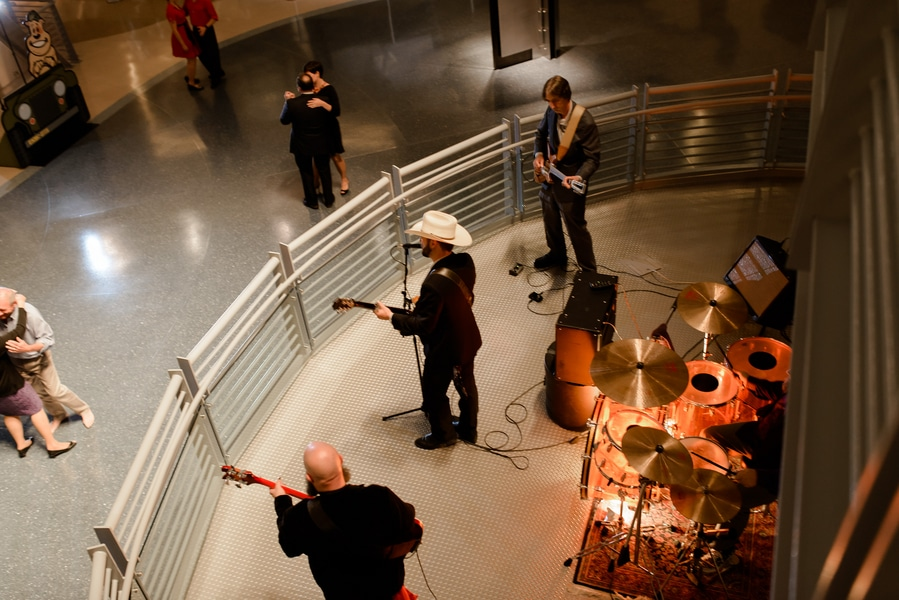 rockabilly rock and roll virginia wedding pictures (21)