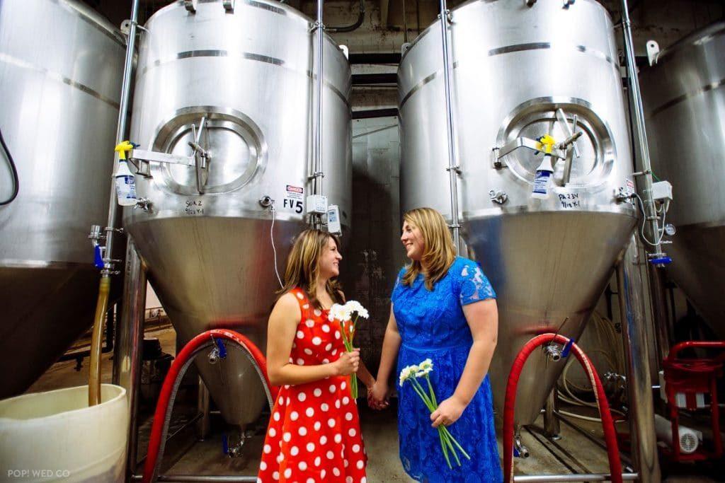 offbeat intimate washington dc wedding at brewery (19)