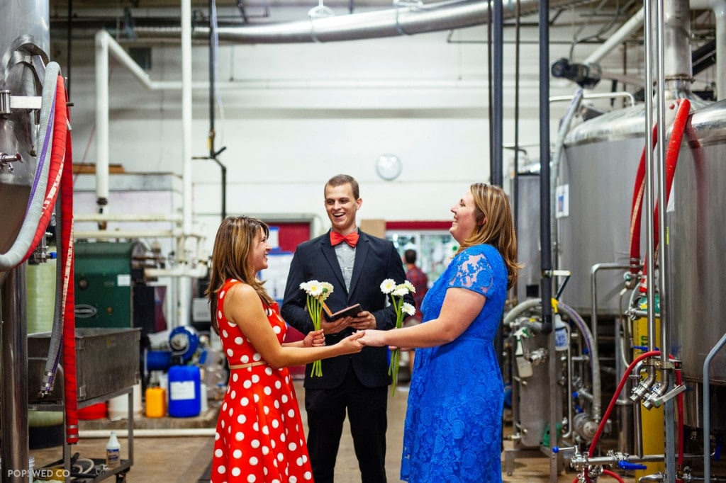 offbeat intimate washington dc wedding at brewery (5)