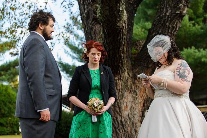 DIY offbeat maryland farm wedding pictures (16)
