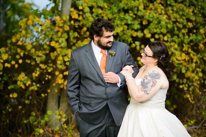 DIY offbeat maryland farm wedding pictures (24)