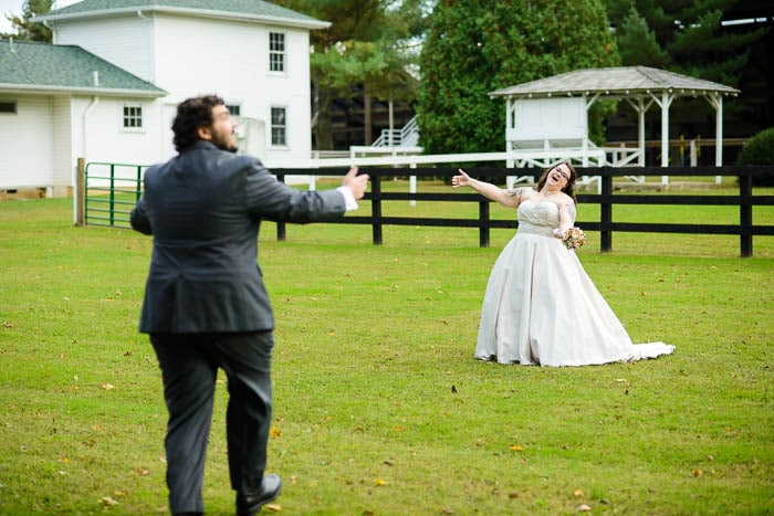 DIY offbeat maryland farm wedding pictures (26)