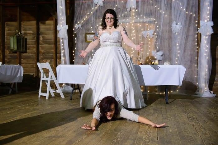 DIY offbeat maryland farm wedding pictures (44)