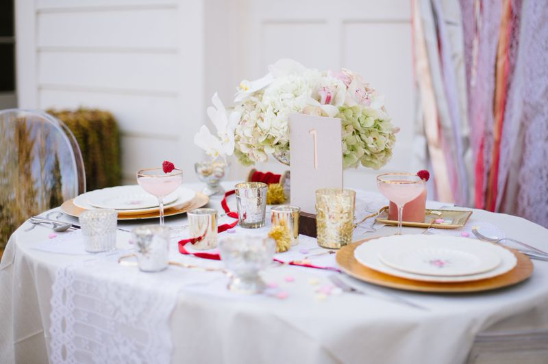 modern glitter gold red valentines day wedding pictures (8)