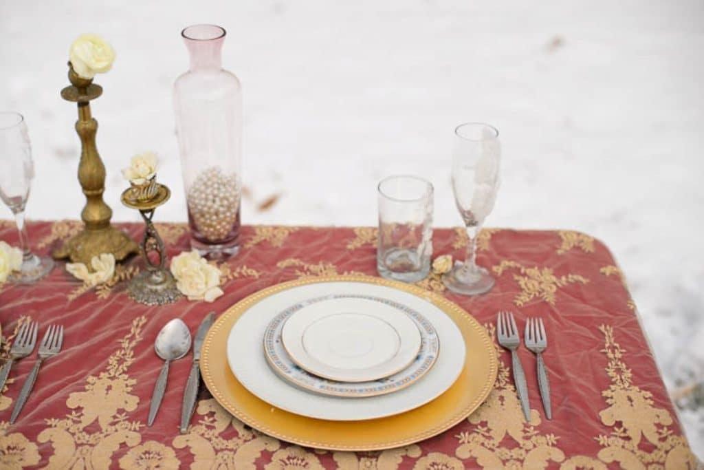vintage gothic snow bridal inspiration pictures (1) (Medium)