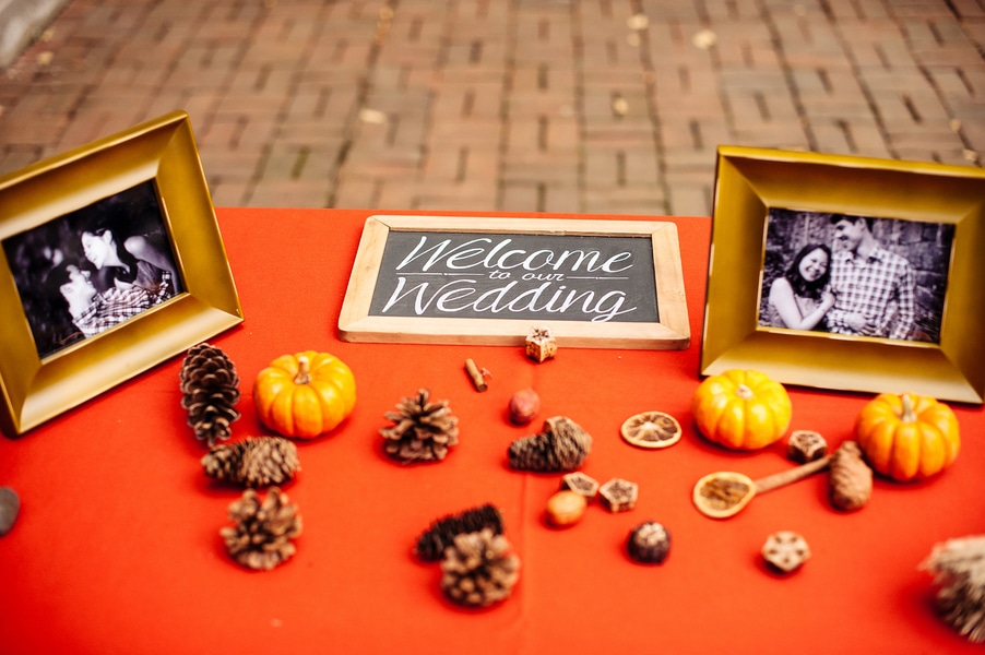 intimate Fall Old Town Alexandria Virginia wedding pictures (21)