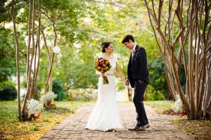 intimate Fall Old Town Alexandria Virginia wedding pictures (3)