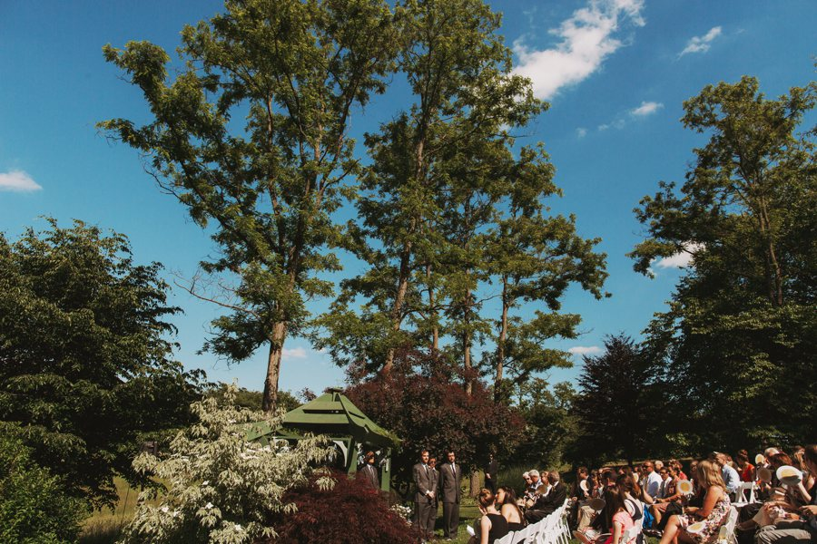 virginia farm barn wedding pictures (10)